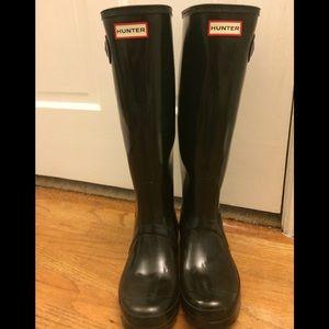 Tall gloss hunter boots